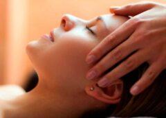 Como aliviar dor de cabeça com massagem