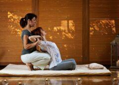 O que é massagem tailandesa e como ela alivia dores musculares?